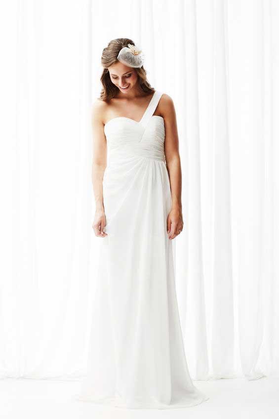 שמלת כלה בעיצוב מודרני - לבנה